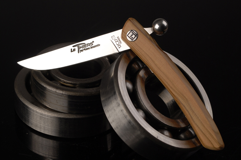 feature knife le thiers
